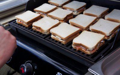 Lachs-Camenbert-Sandwich